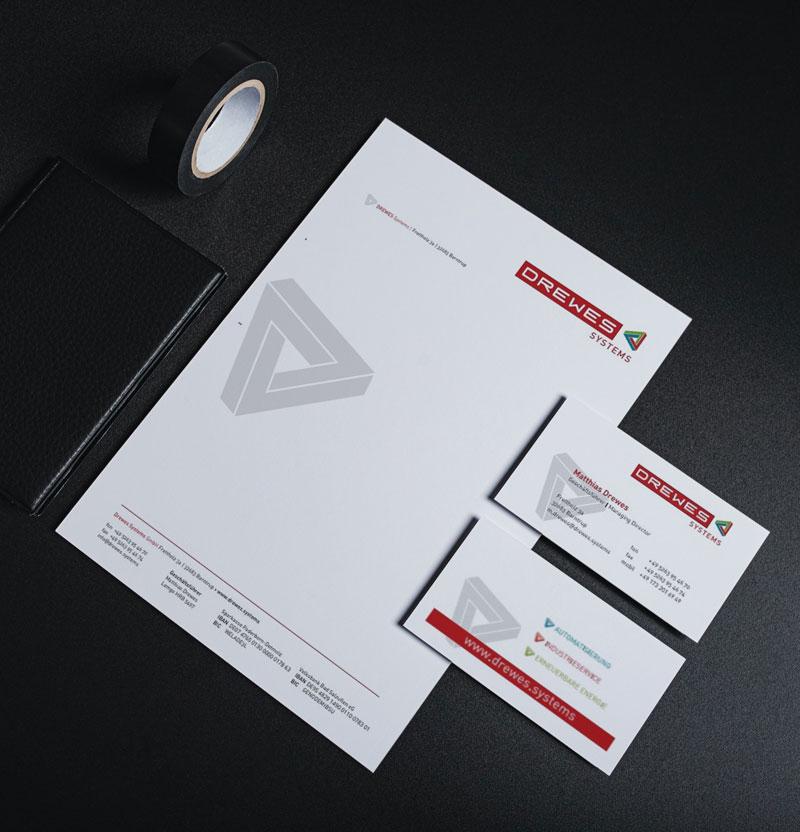 Bild zeigt Briefbogen udn Visitenkarte der Drewes Systems